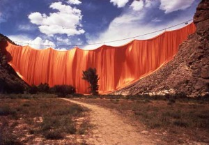 Christo_Valley_Curtain_Colorado_1